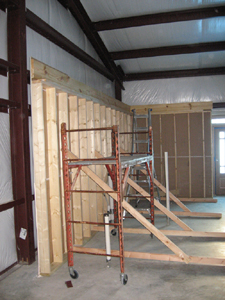 Texas Timber Wolf workshop construction - Interior Framing 2.